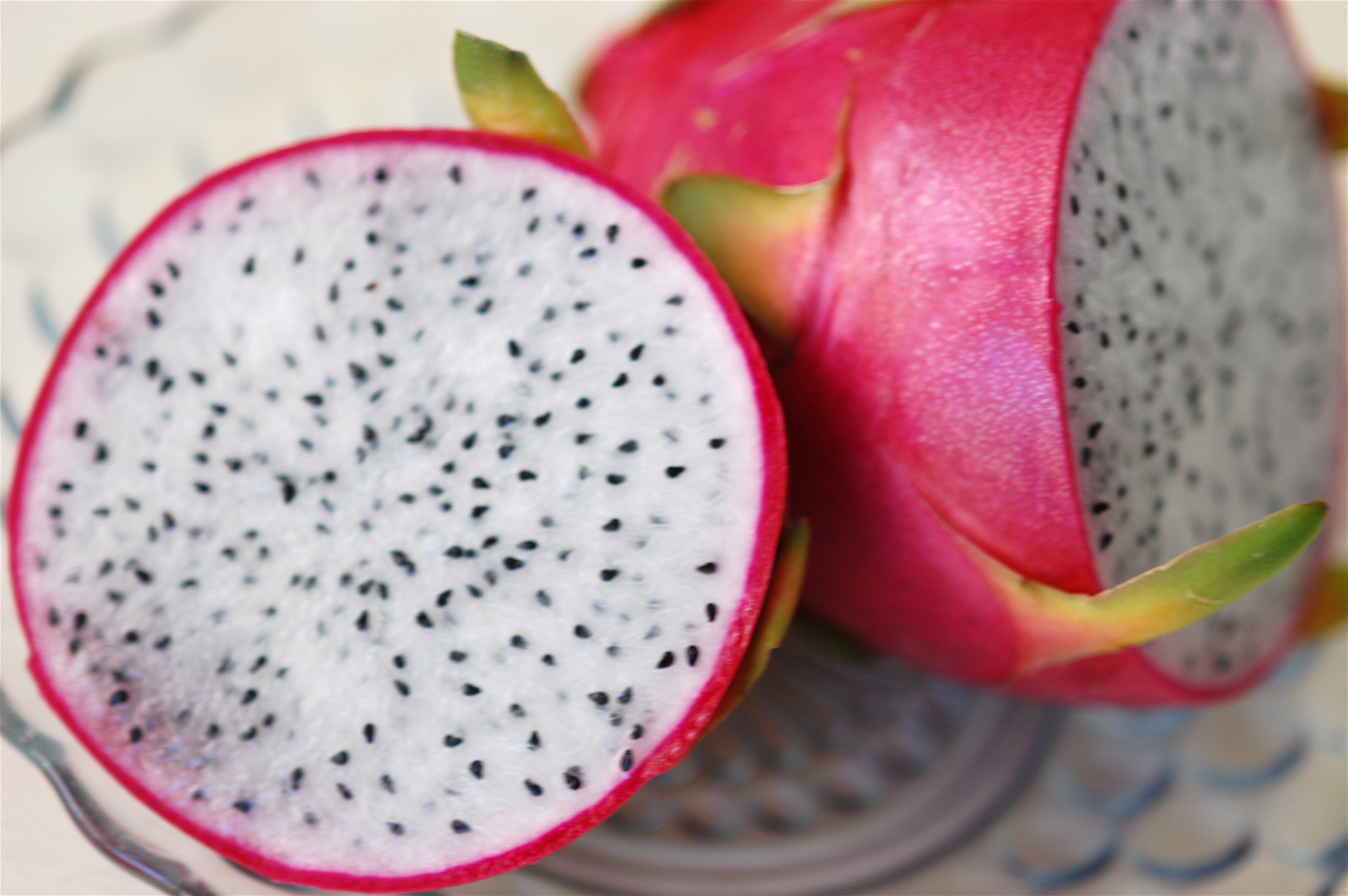 how to cut a dragon fruit exotic fruits